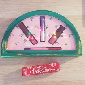 Lime crime lip set and velvetines